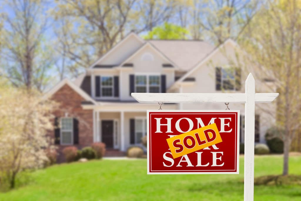 efficient ways for Canadians to buy real estate in the U.S.