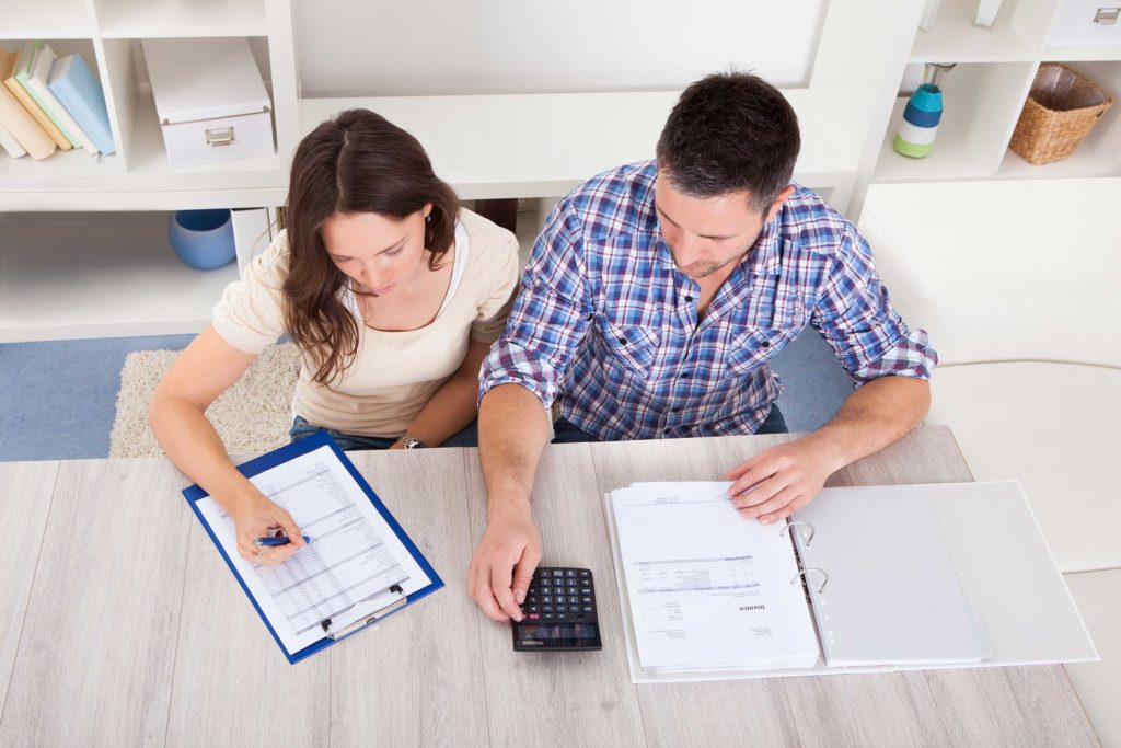 How married couples can maximize their tax returns in Canada