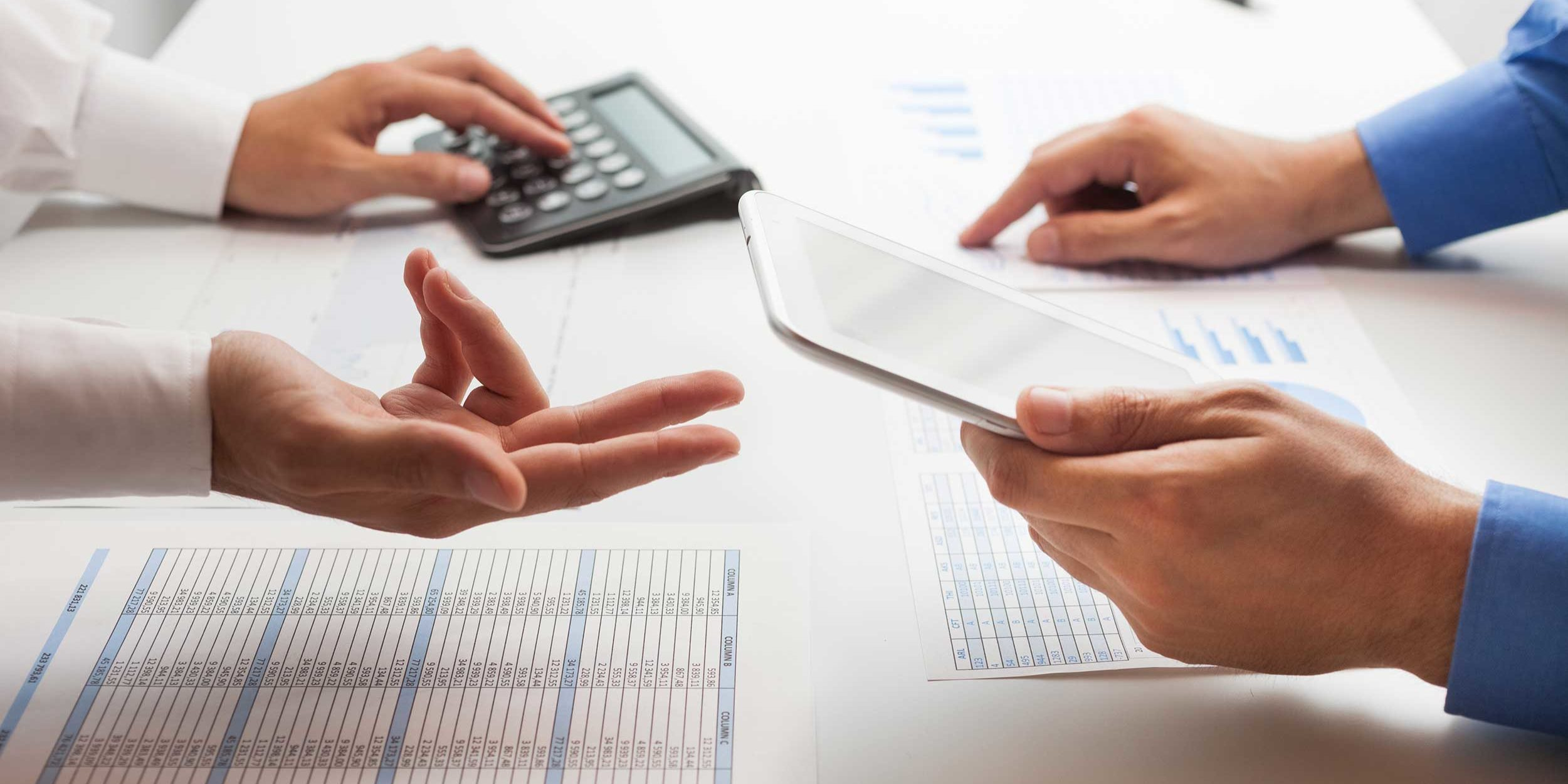 What are the benefits of registering my account service with CRA