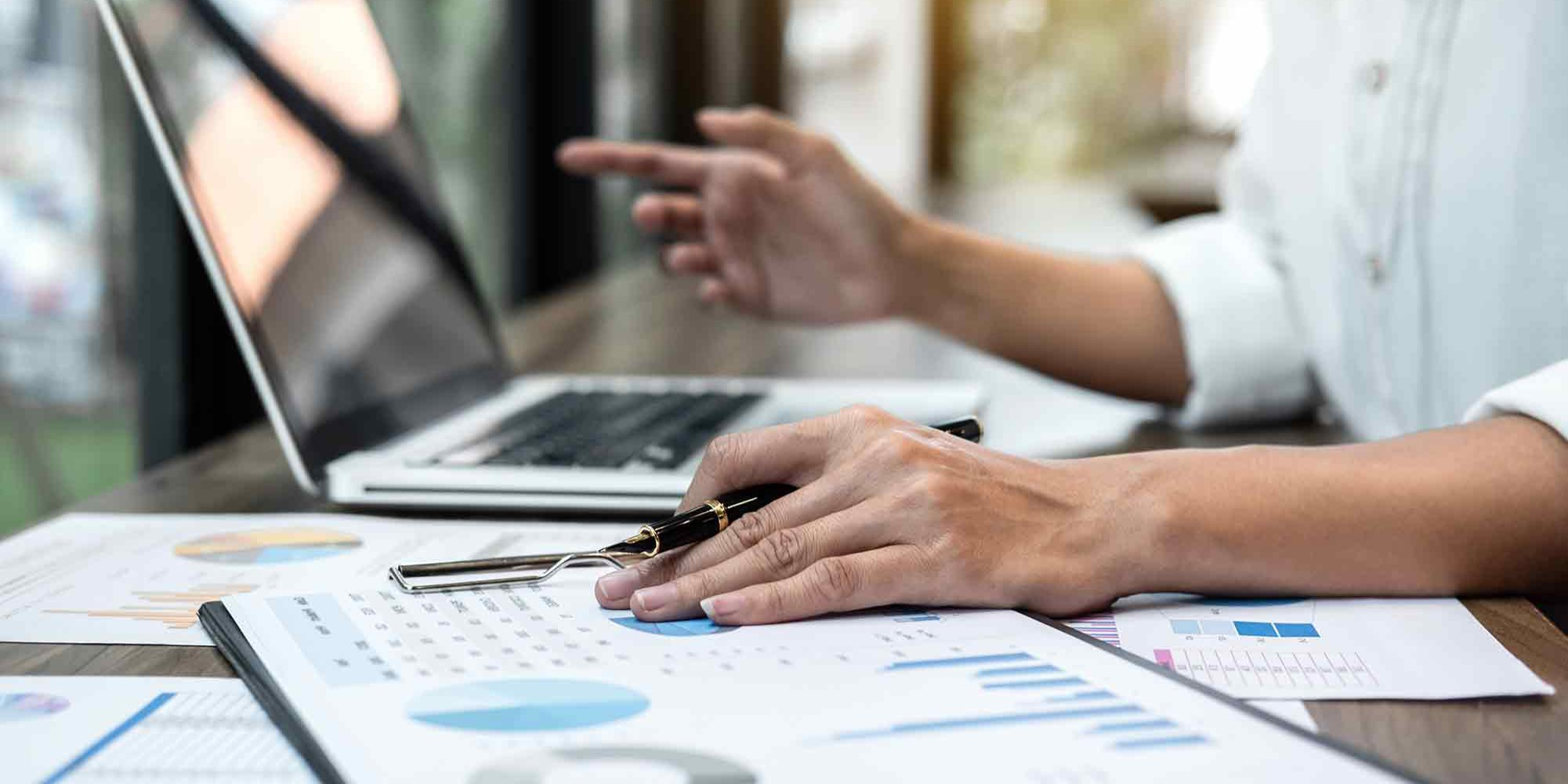What is an Investment Accountant